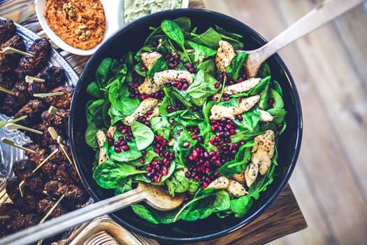 Insalata di pollo e spinacino